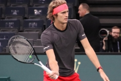 Alexander Zverev warming up the volley