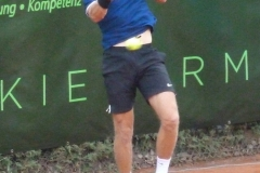 Jelle Sels hits a forehand