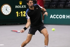 Jeremy Chardy lining up a forehand