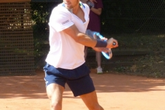 Maxime Chazal one-handed backhand
