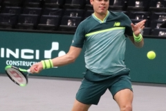 Milos Raonic warming up the forehand