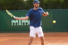 Oscar Otte attacking with the forehand
